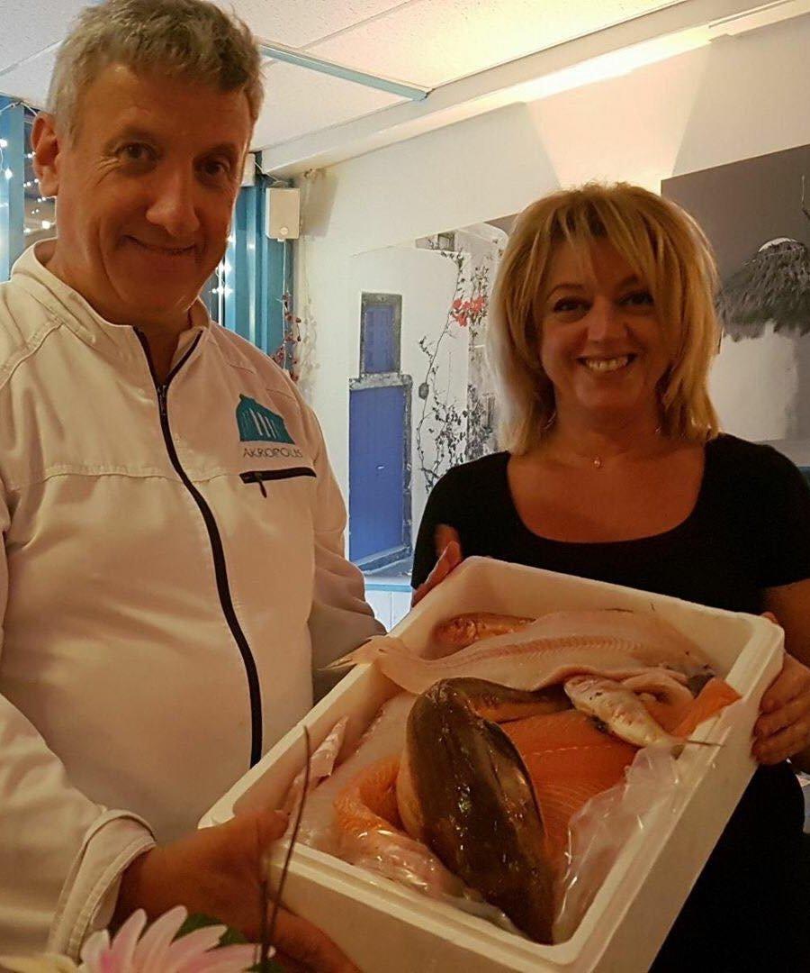 Evaggelos en Stefanie Theocharis van Grieks Restaurant Akropolis in Voorschoten